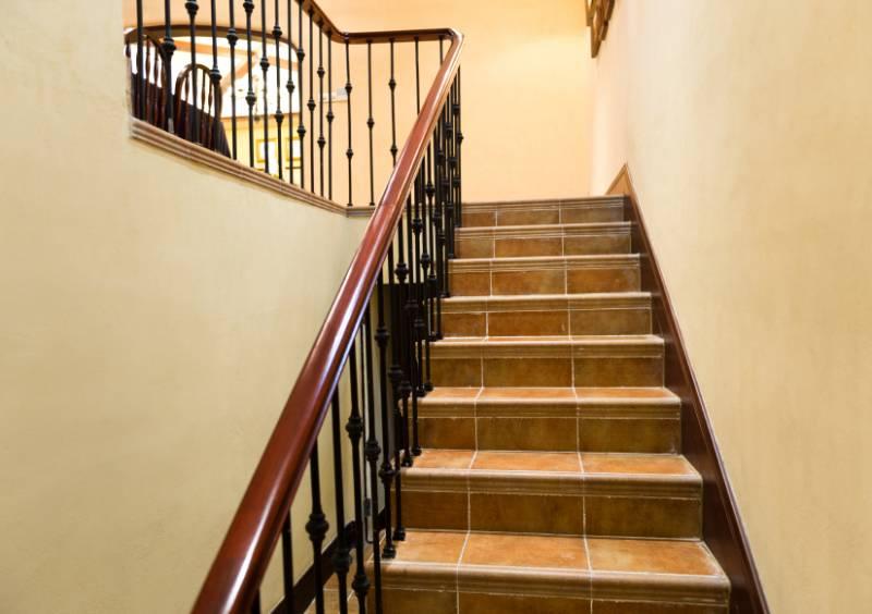 Treppenhaus gestalten mit tapete  Bilder Treppenhaus Gestalten ~ Home Design, Interieur & Möbel Ideen